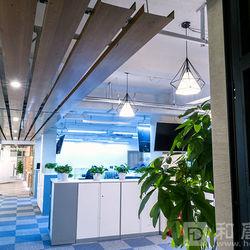 九江路外滩WE 5楼金融办公室走廊过道装修.jpg