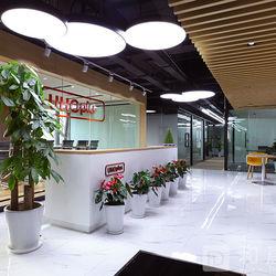 上海海湾大厦众创办公室前台实景图.jpg